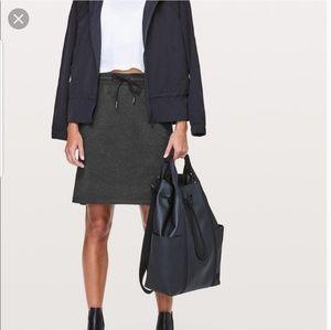 Lululemon Anew Skirt size siz. High rise